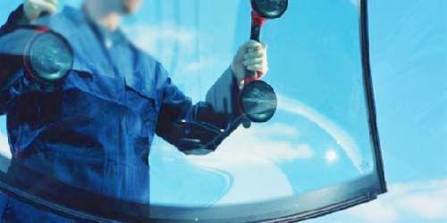 Windscreen auto glass replacement dubai