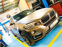 BMW X6 Is Here At Quick Fit For Alloygator Rim Protection In Dubai