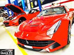 تم حل مشكلة بدء تشغيل Ferrari F12 في مركز Quick Fit للسيارات