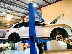 Brakes Repair And Service For Porsche Cayenne In Dubai