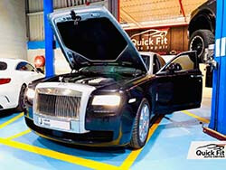 Servicing Rolls Royce Ghost and Gearbox Oil Changed in Dubai
