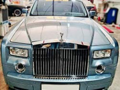 Rolls Royce Phantom Getting A Major Service At Quick Fit