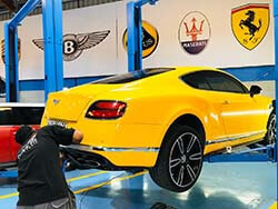 Bentley Getting Oil Change and Other Service in Dubai